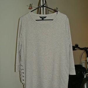 Simply Vera Wang Side Braid Long Sleeve Tunic